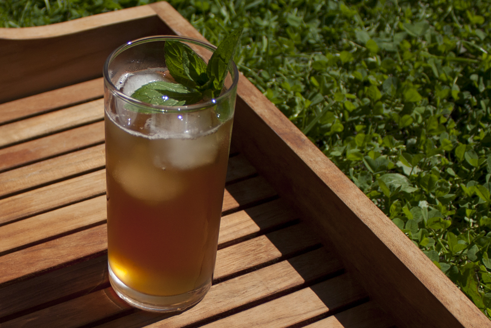 "rougeimaginaire: ""RECIPE: Homemade iced tea"""