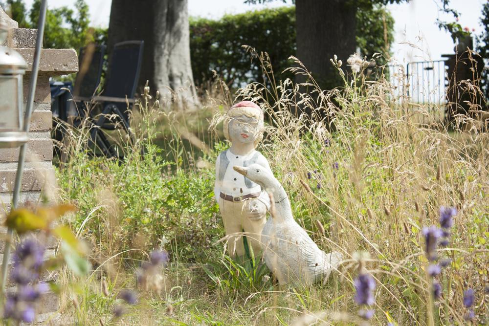 A little Nils Holgersson statue