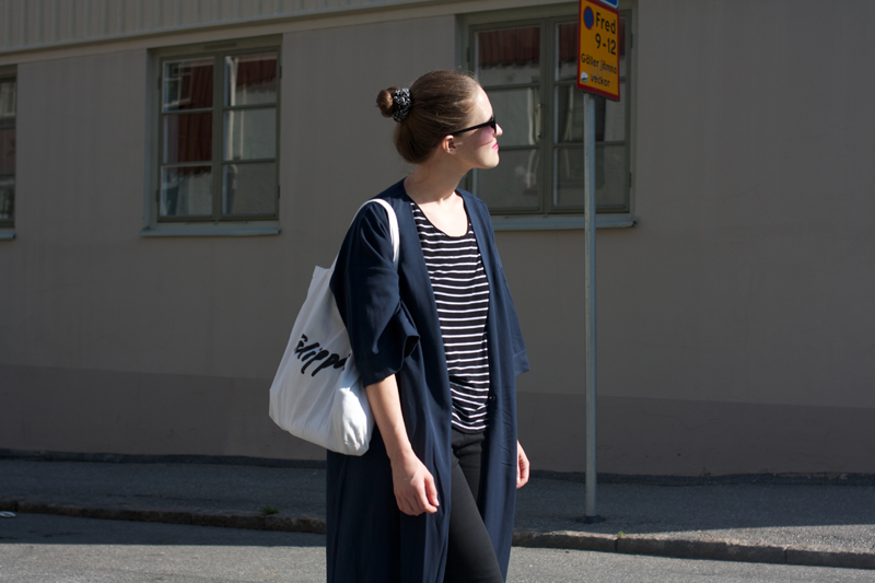 "rougeimaginaire: ""Long, long, long"" - an outfit with a striped T-shirt from Monki, a long duster coat from Monki and a white tote bag from Filippa K."